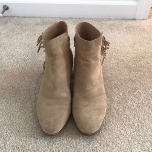 Banana Republic Sz 8.5 Suede booties